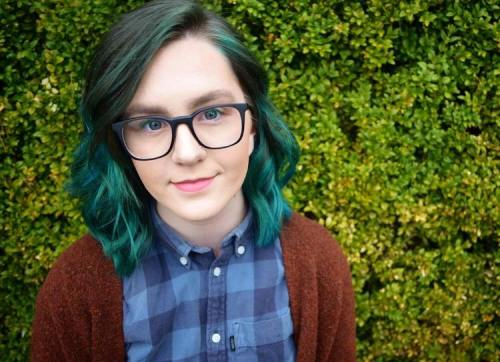 Headshot 2_Tegan Shelton